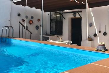 Casa Rural con Wifi y piscina en Órgiva