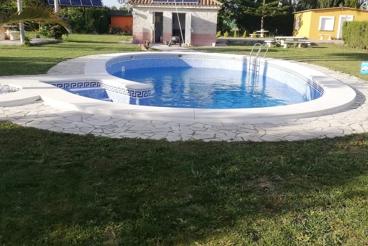 Casa Rural cerca de la playa con piscina y Wifi en Chipiona