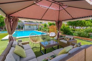 Casa Rural con jardín y piscina cerca de Aracena