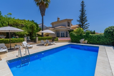 Fenced holiday home with gym in the province of Granada