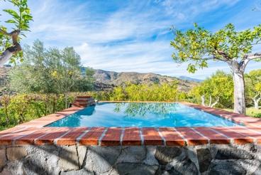 Maison de vacances idéale pour un couple avec piscine privée près de Guaro