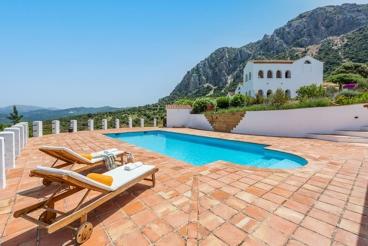 Villa près de la mer avec barbecue et cheminée à Casares