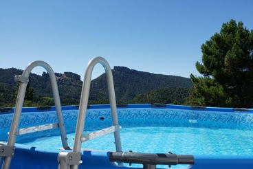 Casa Rural con piscina y jardín en Siles
