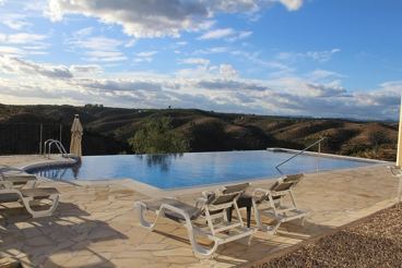 Holiday Home with wifi and swimming pool in Montoro