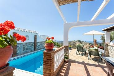 Casa Rural con piscina y chimenea en Frigiliana para 4 personas