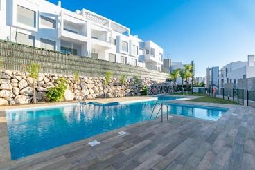 Appartement In Strandnähe mit Swimming Pool und Wlan in Vélez-Málaga