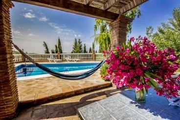 Villa con encanto, piscina climatizada y Jacuzzi exterior
