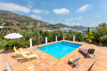Casa Rural con piscina y wifi en Frigiliana para 5 personas