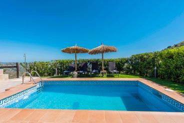 Vakantiehuis met barbecue en zwembad in Torrox