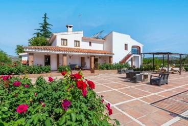 Ferienhaus mit Grill und Swimming Pool in Archidona