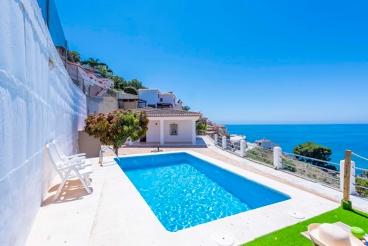 Holiday home with terrific sea views near Almuñecar