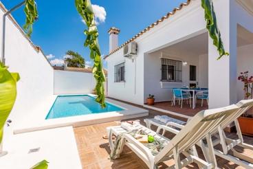Casa Rural con piscina y barbacoa en Conil de la Frontera