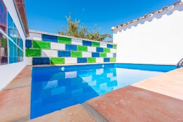 Casa Rural con barbacoa y piscina en Cañada del Real Tesoro