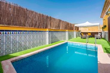Casa Rural cerca de la playa con barbacoa y piscina en Villanueva de la Concepción