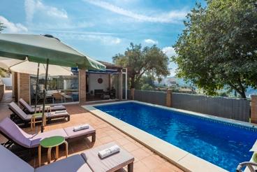 Casa Rural con Wifi y piscina en Canillas de Albaida