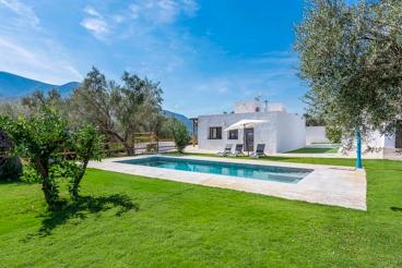 Casa Rural con barbacoa y piscina en Órgiva