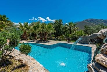 Mooi Andalusisch huis met spectaculair pool
