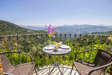 Modern Andalusian house with stunning views, ideal for relax