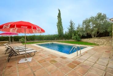 Vakantiehuis met zwembad en barbecue in Villanueva de la Concepción voor 5 personen