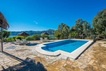 Superbe villa avec vues imprenables sur le lac
