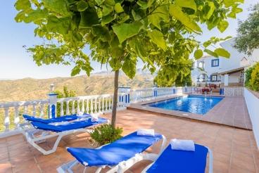 Superbe villa avec des vues spectaculaires