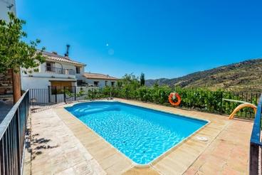 Casa de vacaciones con excelentes vistas, ideal para familias