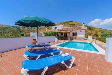 Mooi huis met pool en geweldig uitzicht - ideaal voor families