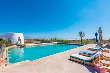 Mooi vakantiehuis met 2 slaapkamers op minder dan 5 km van het strand