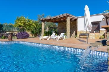 Mooi vakantiehuis met privé pool en charmante uitzicht