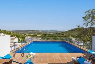 Wunderschönes Andalusisches Haus mit Bergblick